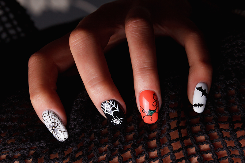 5-stunning-nail-design-ideas-halloween-theme