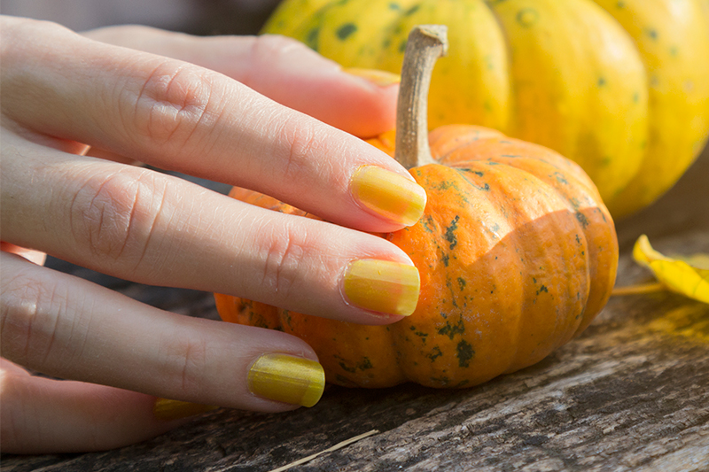 5-stunning-nail-design-ideas-hello-yellow